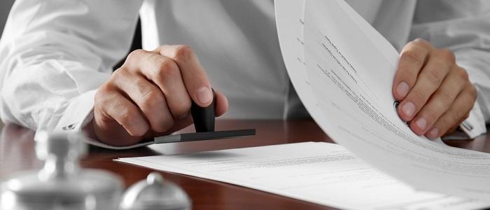 画像: 法人カードの審査について