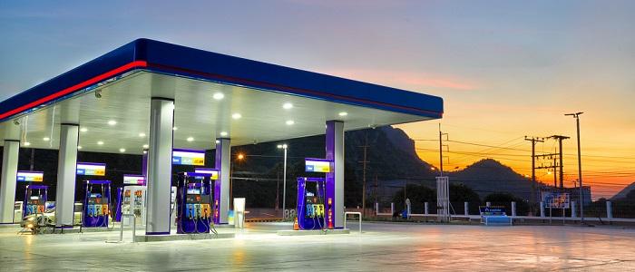 画像: スタンドでガソリン法人カードを選ぶ理由について