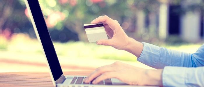 画像: 年会費が永年無料の法人カードについて