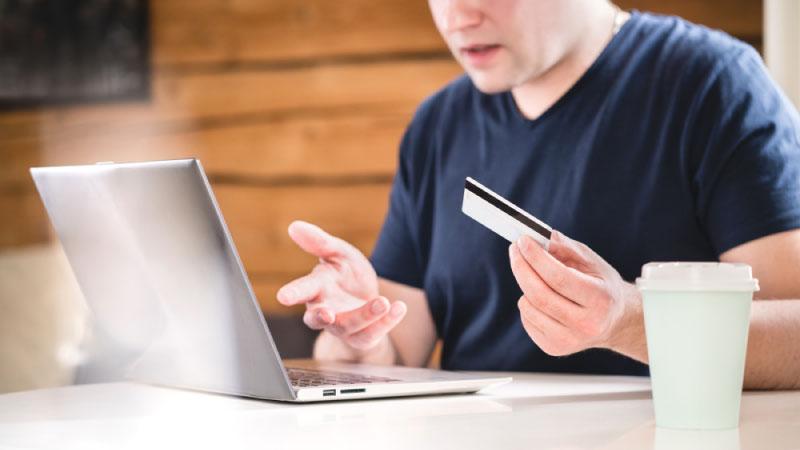 個人事業主様が法人カードを持つべき5つのデメリットとは?