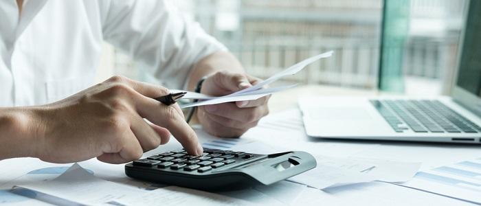 法人カードマイル税金