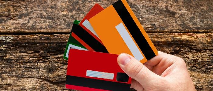 画像: ポイントの貯めやすさで法人カードを比較する方法