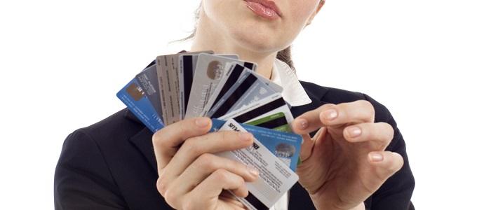画像: 法人カードの選び方について