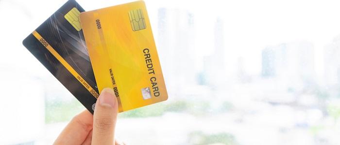 個人カードとの違い